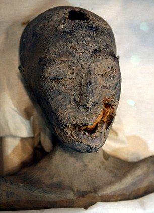 Akhenaten body found